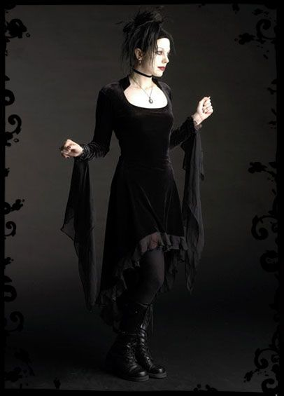 Best romantic goth images on pinterest gothic beauty