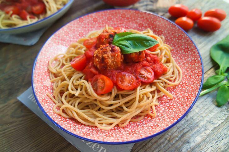 """(Anzeige) Vegane Spaghetti mit """"Fleischbällchen"""" – Taste of Love – Geheimzutat Liebe"""