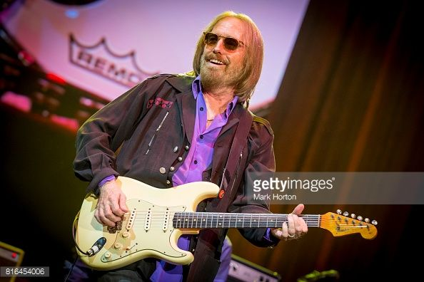 Tom Petty And The Heartbreakers Perform at RBC Bluesfest OTTAWA, ON - JULY 16: Tom Petty of Tom Petty And The Heartbreakers performs on Day 10 of the RBC Bluesfest on July 16, 2017 in Ottawa, Canada. (Photo by Mark Horton/Getty Images for ABA)