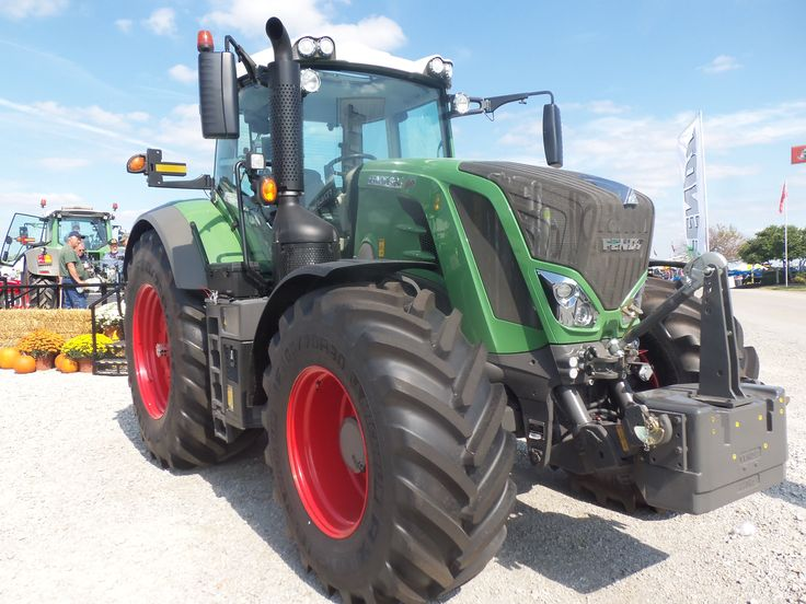 240 engine hp-205 PTO hp Fendt 824 tractor