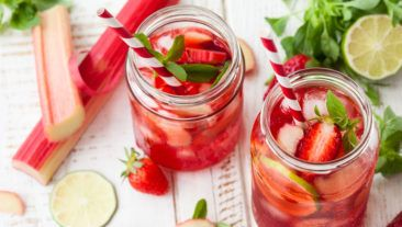 5 Party-Approved Spring Sangrias