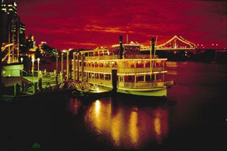Dinner Cruise with Buffet - Fri, Sat - For 2, Brisbane CBD | RedBalloon