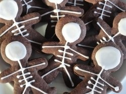 These Skeleton Cookies are my favorite cookies to make at Halloween Time. They are easy to make, you can get really creative with them and my...