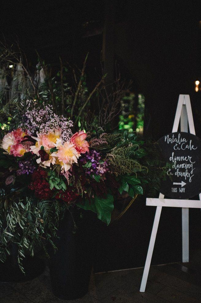 Personalised Round Blackboard Medium Wedding Signage - Lovebird Weddings, Noosa Australia