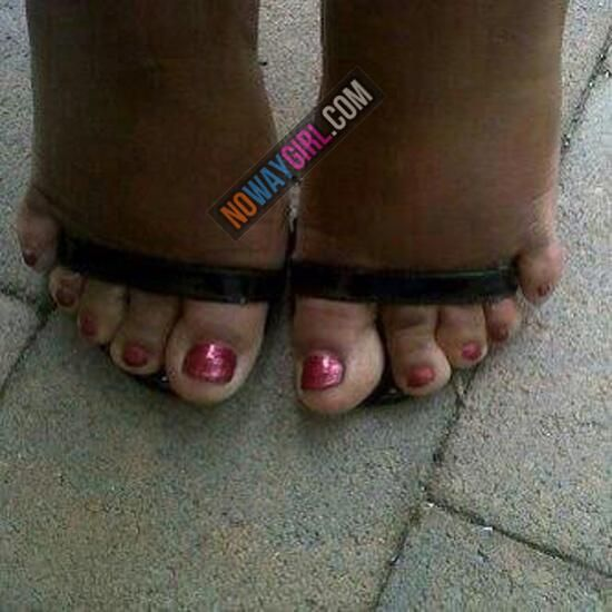 Where's the fashion police when you need them.... No way, Girl! Go back in the house and put on some shoes that fit!!!