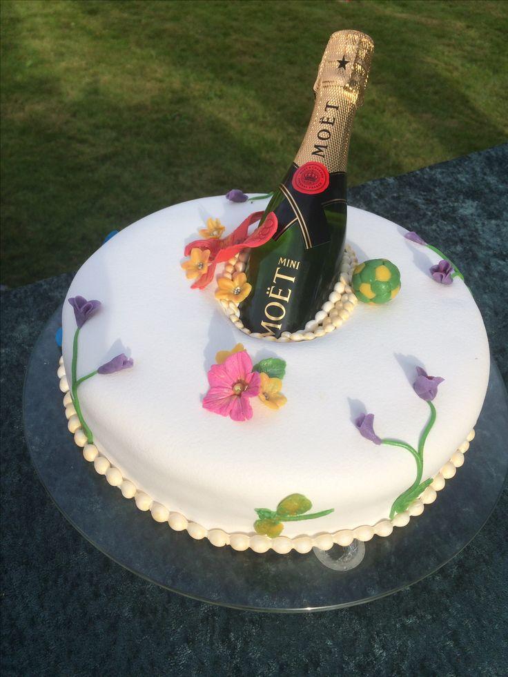 Garden party! #cake #summer #party
