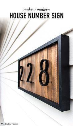 DIY ein modernes Hausnummernschild mit Holzunterlegscheiben, um Ihre Eindringlichkeit zu verbessern. Diese
