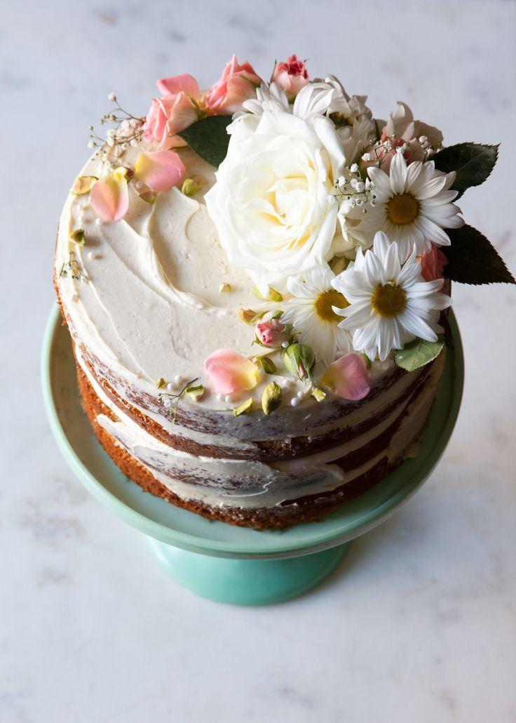How To Put Fondant On A Chocolate Cake