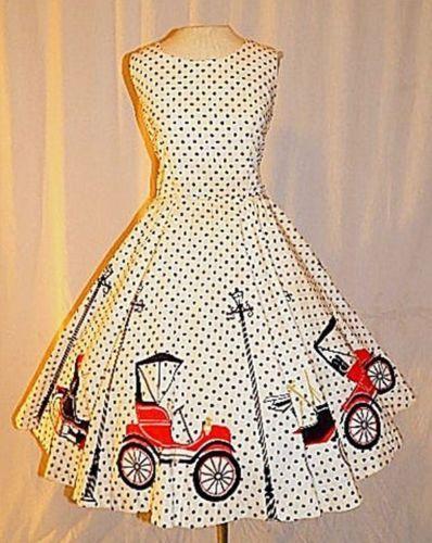 Vintage-50s-NOVELTY-Print-Polka-Dot-Antique-Car-Dress-RARE-Cars-Streetlamps