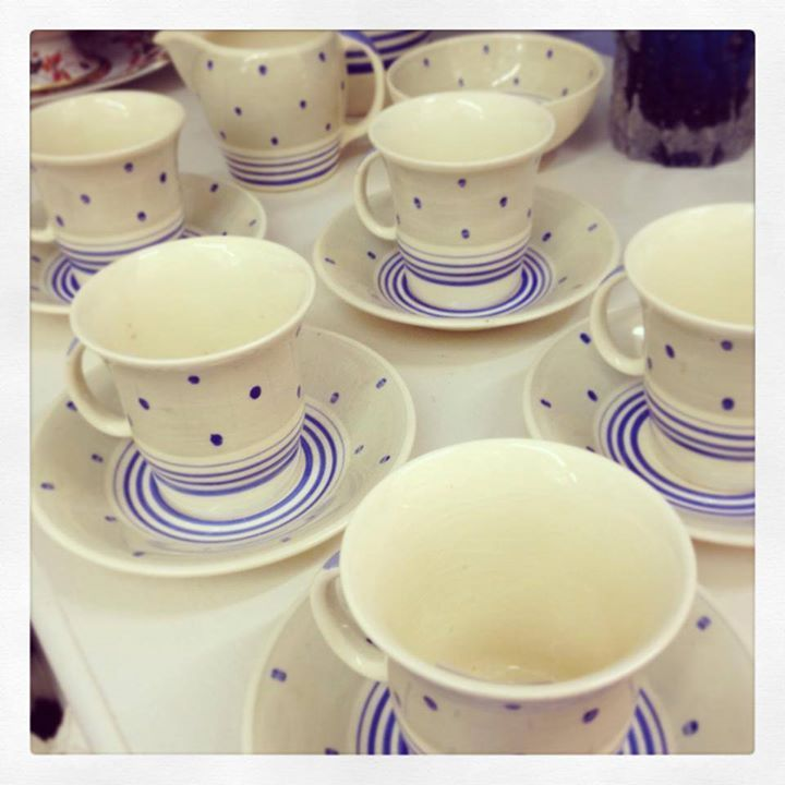 Sweet Susie Cooper tea set - A lovely Christmas gift. by Northcote Road Antiques Market