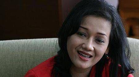 Friderica Widyasari Dewi dari Artis ke Kursi Direksi BEI