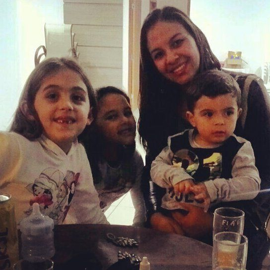 Meus amores������ #Pedro #Lais #Helena #Família http://misstagram.com/ipost/1571162576287941708/?code=BXN5AnsB8RM