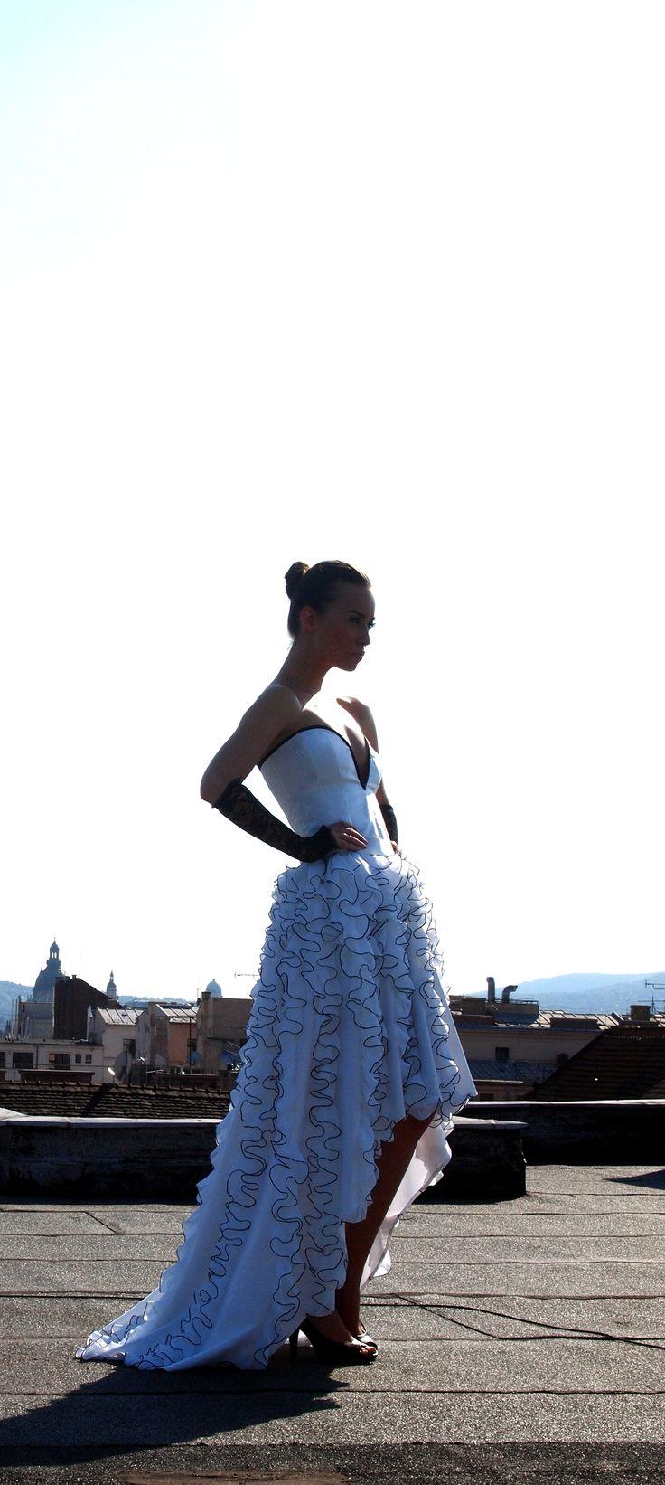 model wearing IMOGEN weddingdress
