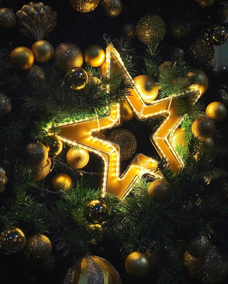 on the  - - - #iphoneography #iphone #iphonography #christmas #holidays #christmastime #holiday #instagood #happyholidays #presents #gifts #gift #tree #santa #christmas2017 #love #xmas #yellow #green #christmastree #warm #jolly #merrychristmas #christmastree #happy #star #lights #like4like #likeforlike