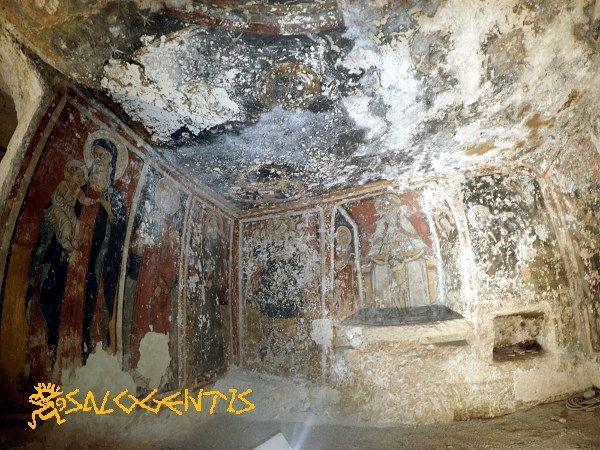 Affreschi nella cripta della Madonna della Favana, Veglie