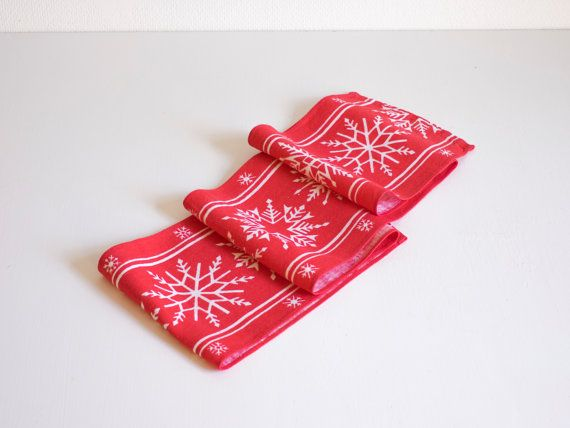 Mid Century Scandinavian Table Runner Tablecloth 1960s Table Topper Vintage Handprinted Snowflakes