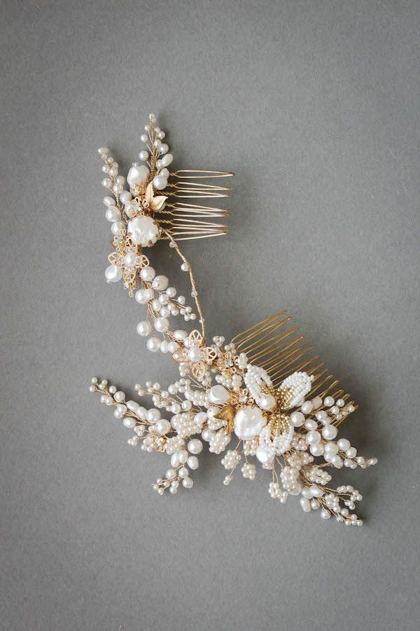 Feminine and fierce, the Iris wedding hair comb is an enchanting headpiece full of exquisite details. Inspired by the beauty of the Iris flower...