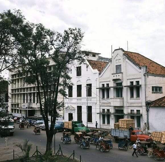 Becak, becak....Jakarta