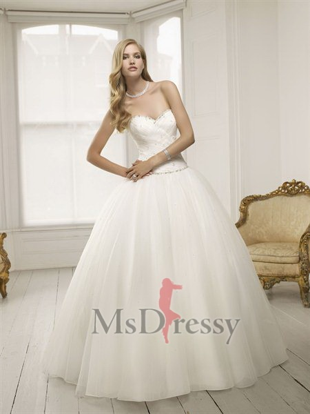 Ball Gown Sweetheart Sweep Train Tulle Wedding Dress with Ruffles