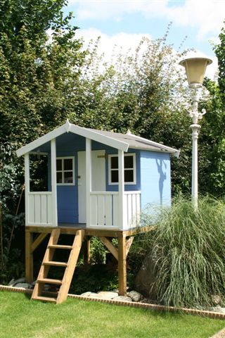 Kids playhouse...you don't need a tree for these houses.