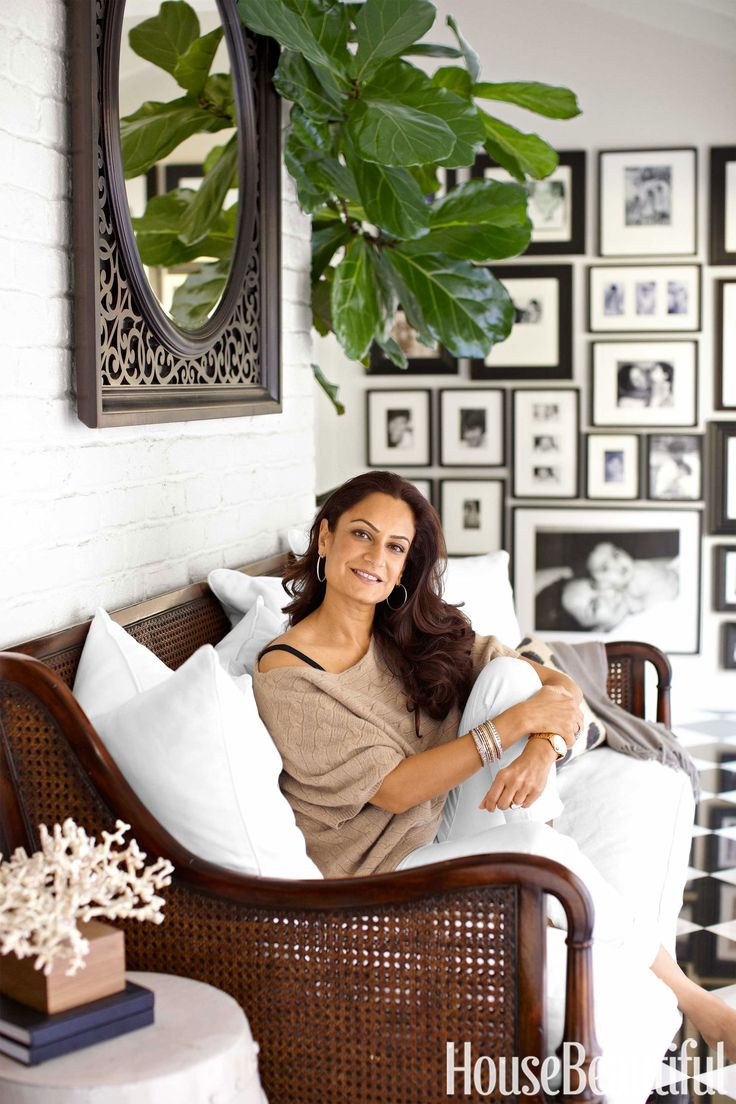 See How This Pottery Barn Powerhouse Styles Her Home