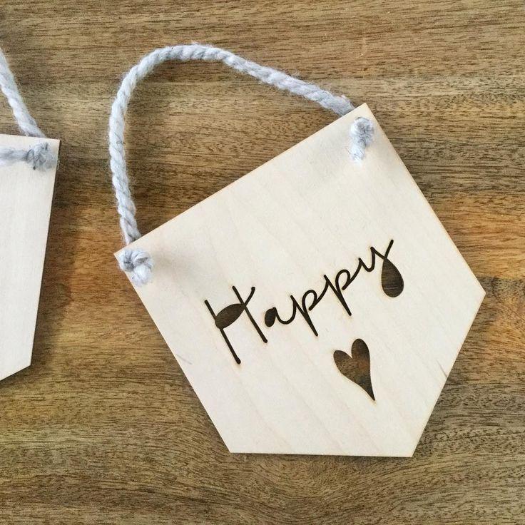 Pour être «happy» à l'année longue! 😄 All year round happy sign!