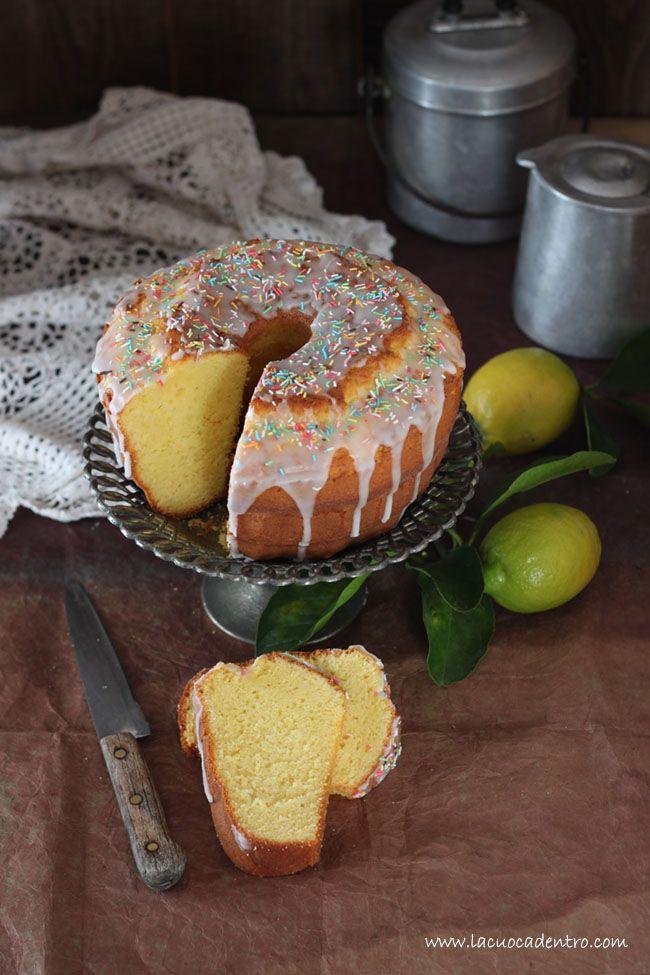 E' il ciambellone dal sapore antico e genuino che era solita preparare la mia nonna. In occasionedelle festività Pasquali, lo stesso dolce veniva impreziosito con la glassa di zucchero. Comedimenticare il profumo che tutto avvolgeva nella cucina della nonna? Il profumo che oggi ha ilgusto…