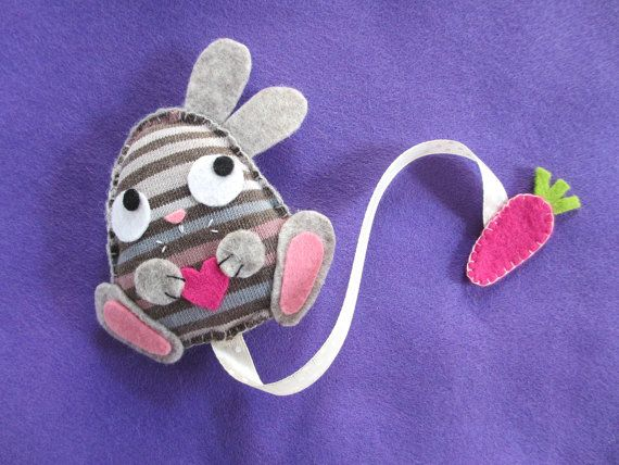 Bunny bookmark with carrot, made of felt and recycled fabric