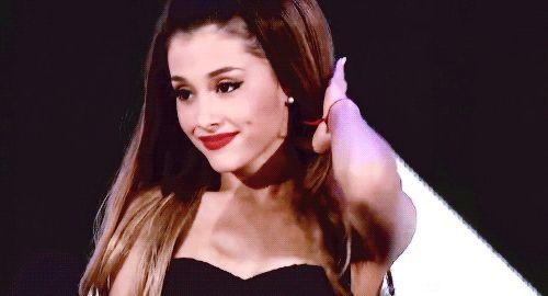 Pin De Yio En Ariana Grande: Ariana Grande Says Leaked Nude Photos Are Fake, She's
