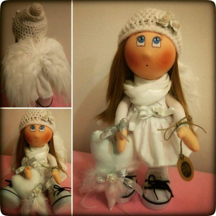 Andělíček pro štěstí ❤️ látková dekorativní panenka