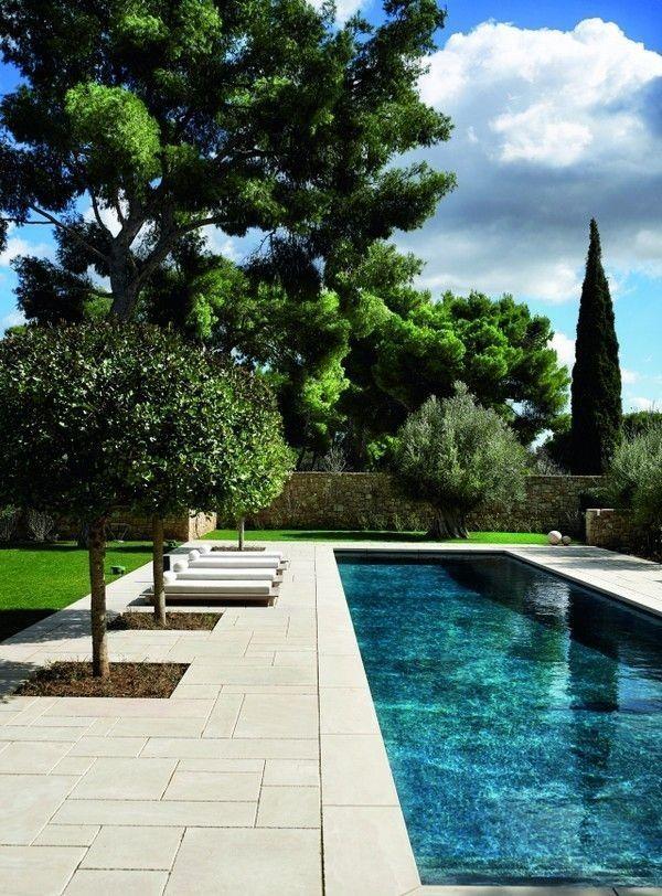 Cut stone pool deck #modernpoolideas #modernpoolarea