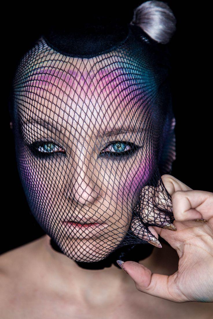 Makijaż artystyczny / Szkoła Wizażu i Charakteryzacji SWiCh / make-up: Dominika Truszkowska / photo: Anita Kot #makeup #visage #akademia_SWiCh #SWiCh #szkoławizażu #makijaż #wizaż