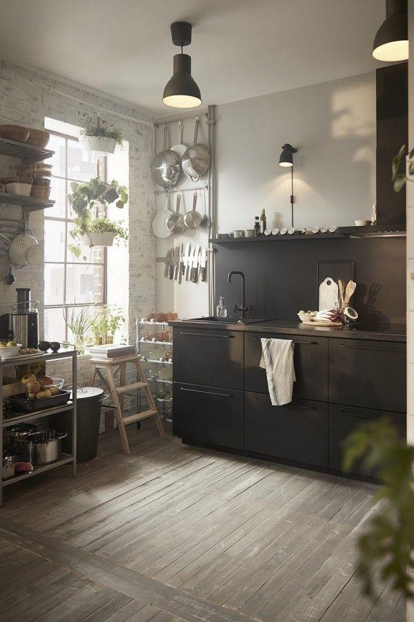 Catalogue IKEA 2019 : Une Cuisine Noire De Caractère !