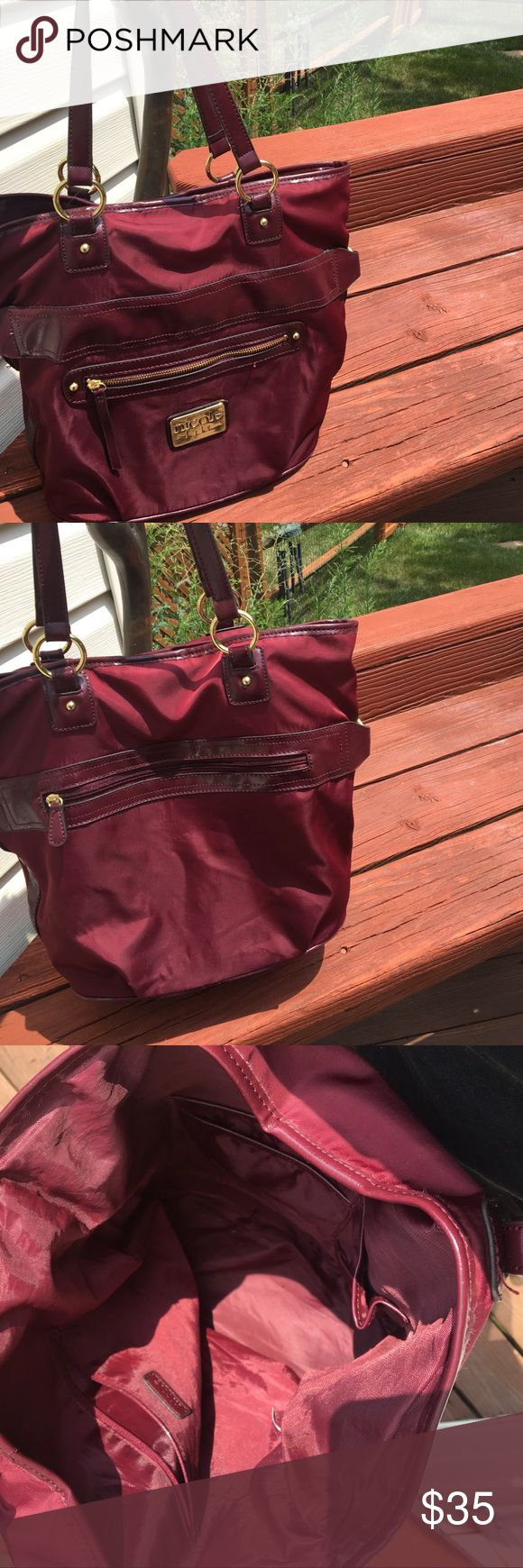 Nicole Miller Maroon shoulder bag Very stylish maroon purple shoulder purse Nicole by Nicole Miller Bags Shoulder Bags