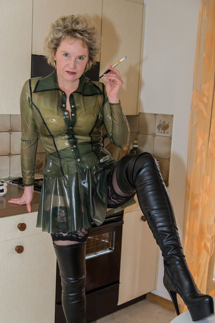 Sorry, that mature dominatrix in leather smoking can recommend