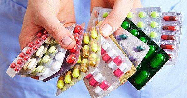 Универсальная аптечка туриста.