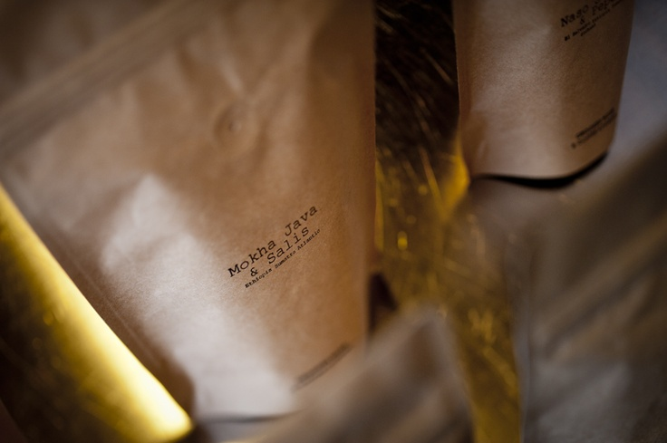 Natural kraft foil stand up pouches are stamped by hand. Every detail is important for us. You can't find the same looking coffee bean. You can't find the same looking coffee bag.