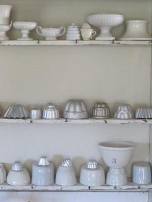 bowls & molds: Kitchenalia Inspiration, Culinary Moldings, Jello Inspiration, Jelly Moulding, Air, Jell Oh, Jell O', Jelly Moldings, Food Moldings