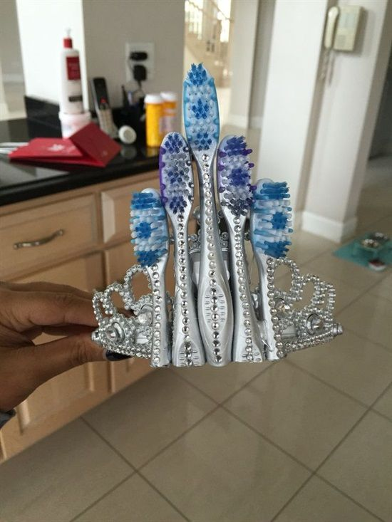 Dentaltown - Do you agree that the ultimate tiara is a jeweled ornamental band made from toothbrushes worn on the front of a woman's hair?