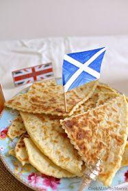 """Cook A Life! by Maeva: Scottish """"Tattie"""" Scones, les scones écossais à base de pommes de terre { vegan } - Défi 00Chut #9"""