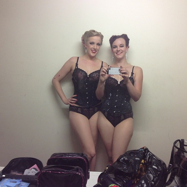 @mslunaeclipses photo: Backstage about to do the finale for At The Movies! #peachesngin #adelaidefringe #halfnakedladies
