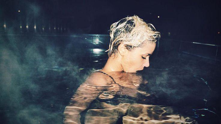 Shym pose (encore) nue sur Instagram, mais cette fois-ci