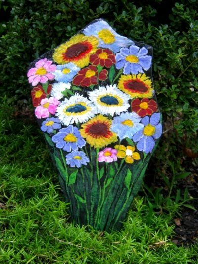 Wildflowers garden rock two sided rock flowers for Big hands for gardening