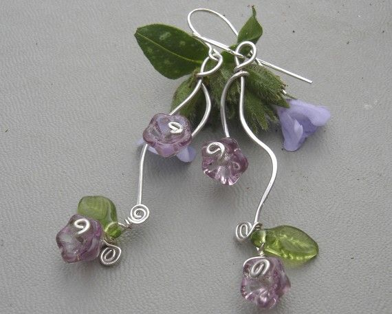 Vining Lilac Purple Flowers and Tendrils