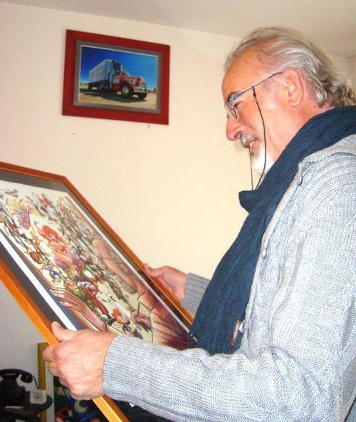 """Consegna di """"Buon Compleanno , GIORGIO!"""" -19 ottobre 2010- illustrazione corale, dedicata a G.Cavazzano.  Vedi il reportage di Luca Boschi (n°2): http://lucaboschi.nova100.ilsole24ore.com/2010/10/24/giorgio-cavazzano-la-consegna/"""