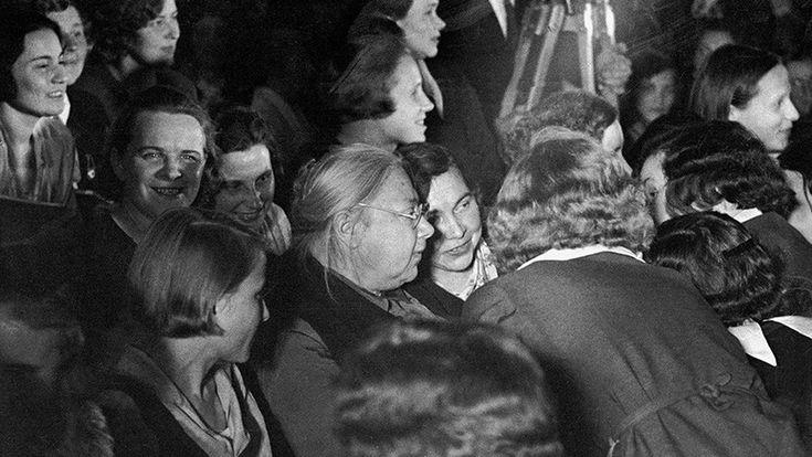 """ICYMI: """"Hemos empezado una gran causa"""": Las mujeres que influyeron en la Revolución bolchevique (fotos)"""