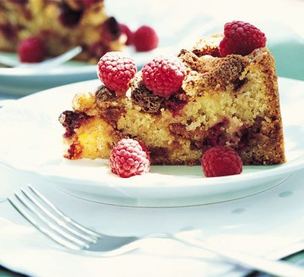 Raspberry & amaretti crunch cake. Divs, made it on Saturday but needs longer cooking time.