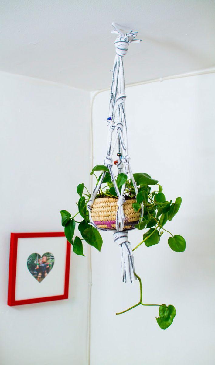 Colgador de plantas reciclado