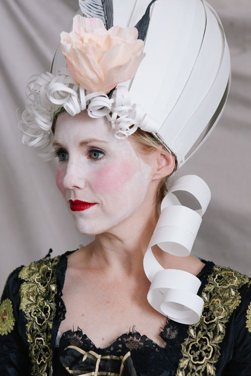 Marie Antoinette paper wig and make up tutorial