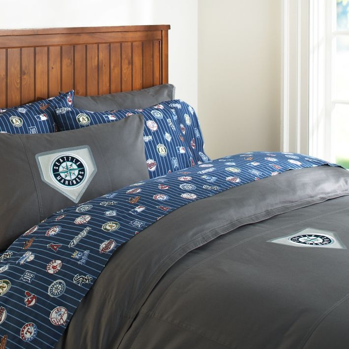 New York Yankees Duvet Cover, Stone With Solid Navy (or Red) Sheets, Not  Team Sheets.